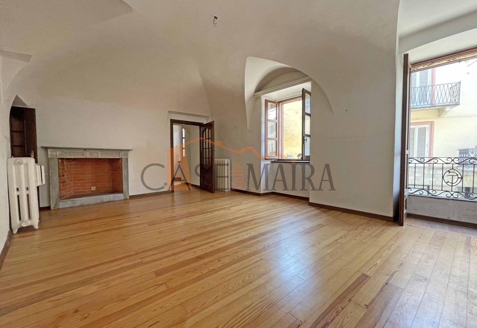 Via IV Novembre, DRONERO, 12025, 4 Stanze da Letto Stanze da Letto, ,Appartamento,In vendita,1089